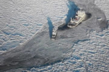 Ships rescue operation is underway in Arctic