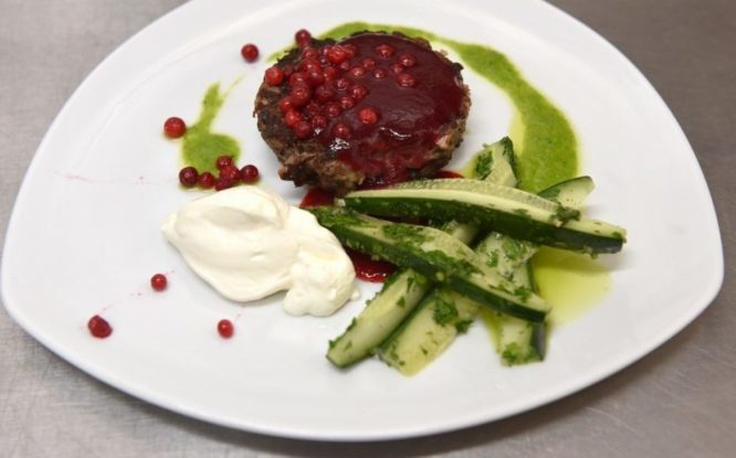 No idea how to cook venison? Beefsteak to help you!