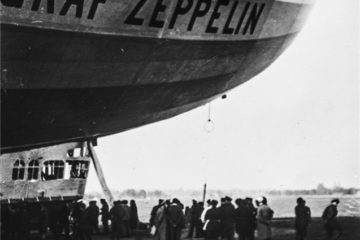 90 years ago Graf Zeppelin flew to Arctic