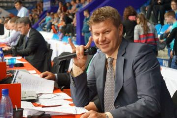 Commentator Dmitry Guberniev to host hockey legends match in Norilsk