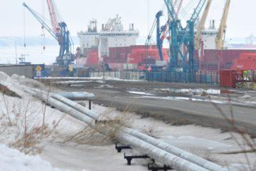 Dudinka seaport prepares for flood start