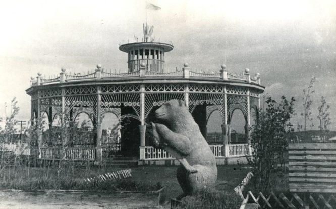 Bears in Norilsk sculpture history