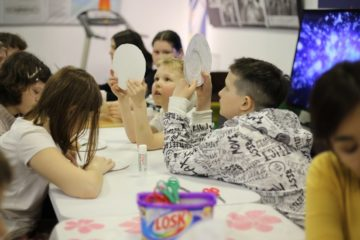 Young polar explorers and biologists take part in  museum project