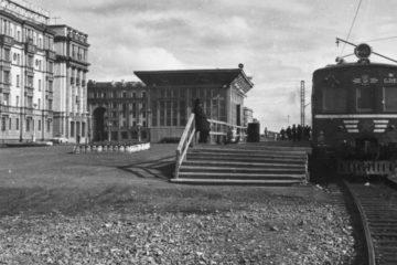 Norilsk train used to arrive at Leninsky prospect